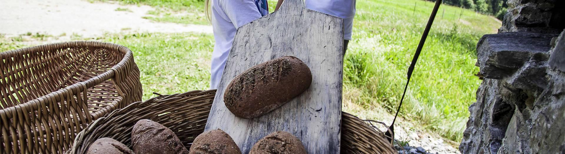 Brot backen im Lesachtal