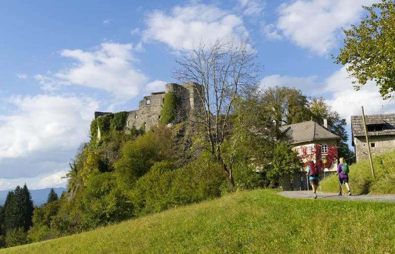 Alpe Adria Trail - Burgruine Finkenstein