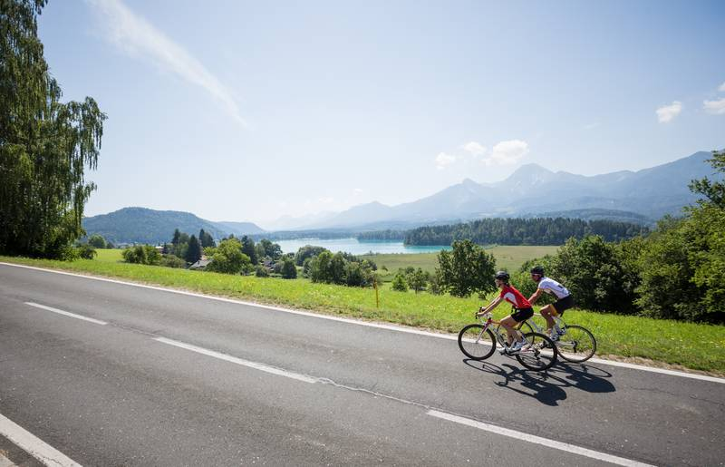 <p>Rennradfahren am Faaker See</p>