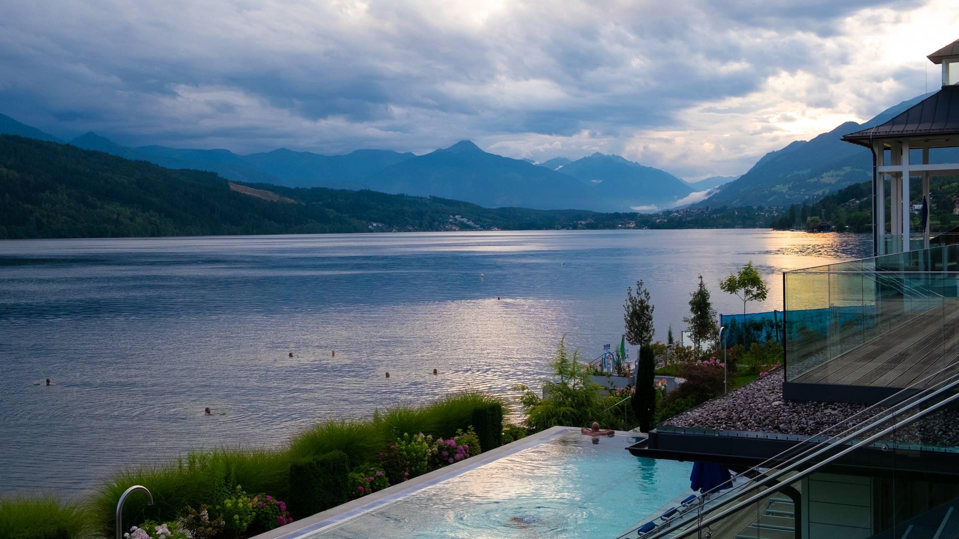 <p>Urlaub zu zweit am Millstätter See, Biwak am Campingplatz; Sabrina Schütt, Badehaus Millstatt</p>