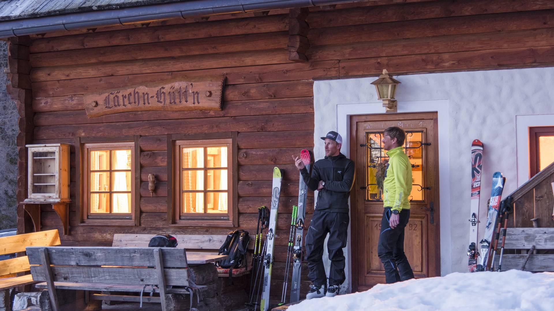 <p>Lärchenhütte im Winter bei der Nockberge-Trail Skidurchquerung</p>