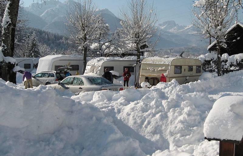 Social Wintercamping c_Schluga Camping
