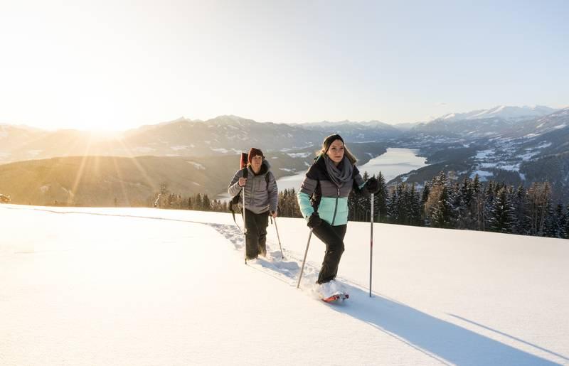 Schneeschuhwandern in der Region Millstaettersee
