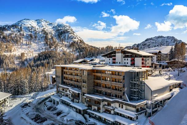 Falkensteiner Sonnenalpe Nassfeld_Hotel im Winter